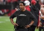 Former Arizona Cardinals head coach Steve Wilks reacts to a call against the Chicago Bears