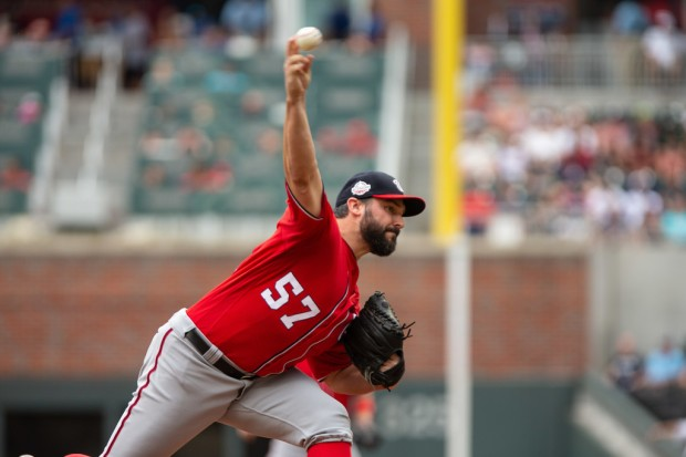 Former Washington Nationals pitcher Tanner Roark pitching against the Atlanta Braves