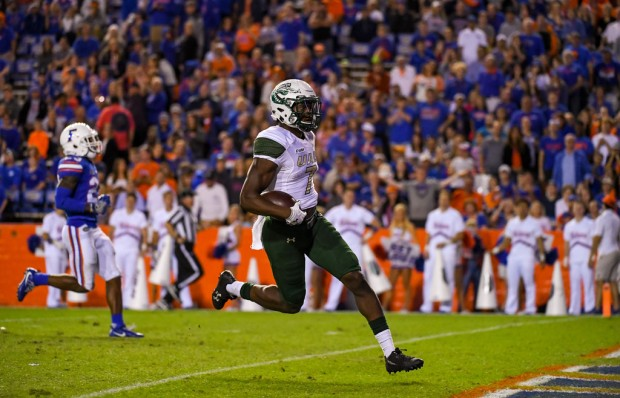 UAB Blazers wide receiver Xavier Ubosi scores a touchdown against the Florida Gators