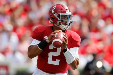 Hurts heroics leads Bama to SECChampionship