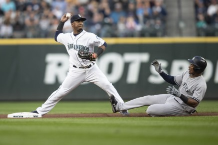 Phillies acquire Jean Segura in trade with Mariners