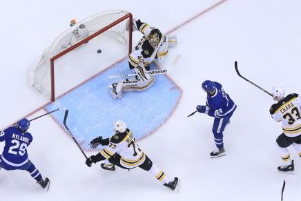 Nylander ends holdout, signs Maple Leafsdeal