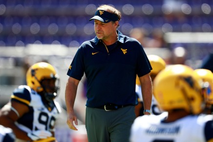 Sources: Houston Cougars have an agreement with Mountaineers' DanaHolgorsen