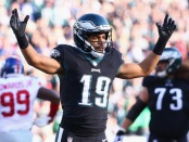 Philadelphia Eagles wide receiver Golden Tate reacts after a two-point conversion against the New York Giants