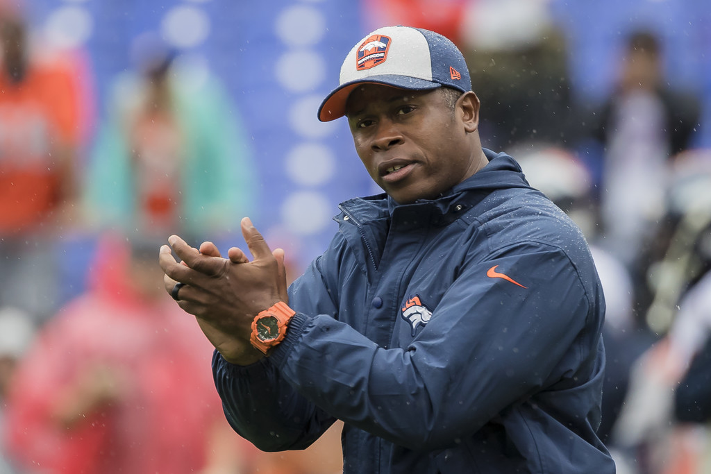 Former Denver Broncos head coach Vance Joseph on the field before the game against the Baltimore Ravens