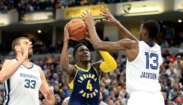 Indiana Pacers star Victor Oladipo goes to the basket against the Memphis Grizzlies