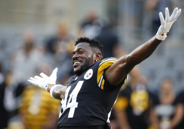 Pittsburgh Steelers wide receiver Antonio Brown jokes around before the preseason game against the Carolina Panthers