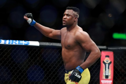 Ngannou knocks out Velasquez in 26seconds