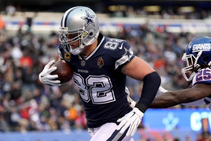 Witten ends broadcasting career, returns to theCowboys