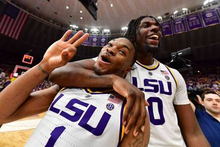 No. 13 LSU Tigers shock No. 5 Tennessee Volunteers by 2 in overtime thriller