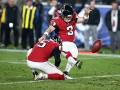 Former Atlanta Falcons kicker Matt Bryant makes a 54-yard field goal against the Los Angeles Rams in the 2017 NFC Wild Card game
