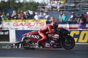 Pro Stock Motorcycle rider Matt Smith racing on Friday at the 2019 Amalie Motor Oil NHRA Gatornationals