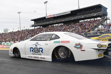 Brogdon claims Pro Stock No. 1 qualifier at 2019 Gatornationals
