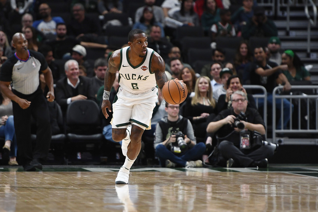 Milwaukee Bucks guard Eric Bledsoe dribbling the ball against the New York Knicks