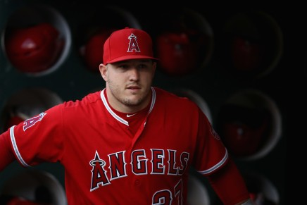Angels officially sign Trout to massive deal