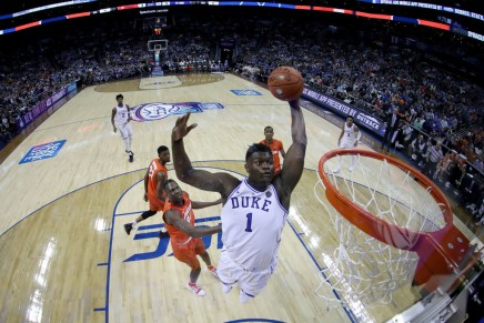 Duke escapes with 1-point win over UNC withZion