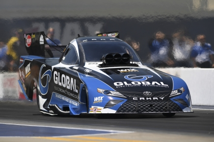 Langdon claims first Funny Car win in Charlotte