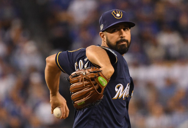 Milwaukee Brewers pitcher Gio Gonzalez pitches against the Los Angeles Dodgers in the 2018 NLCS