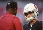 Arizona Cardinals quarterback Josh Rosen talks with former quarterbacks coach Byron Leftwich