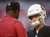 Arizona Cardinals quarterback Josh Rosen talks with former quarterbacks coach Byron Leftwich