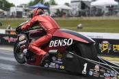 Matt Smith racing on Friday at the Virginia NHRA Nationals