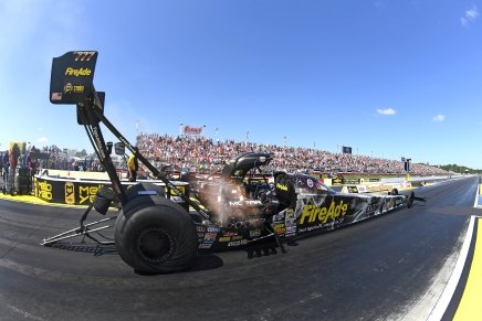 Pritchett hopes to win her second straight NHRA Southern Nationals