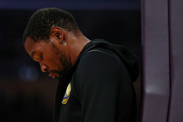 Golden State Warriors superstar Kevin Durant reacts during a timeout against the Los Angeles Lakers