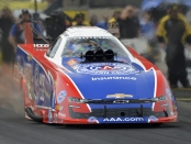 Funny Car pilot Robert Hight racing on Saturday at the Route 66 NHRA Nationals