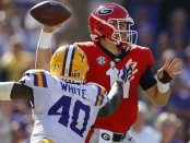 Former LSU Tigers linebacker Devin White attempts to interfere with the Jake Fromm pass against the Georgia Bulldogs