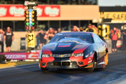 Laughlin takes provisional lead at 2019 Toyota NHRA Sonoma Nationals