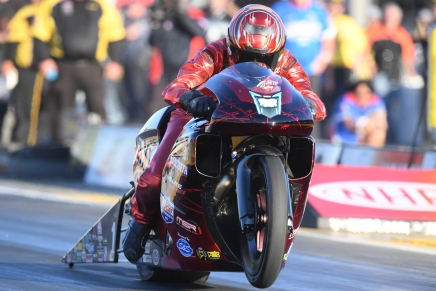 Smith sets track record at 2019 Toyota NHRA Sonoma Nationals