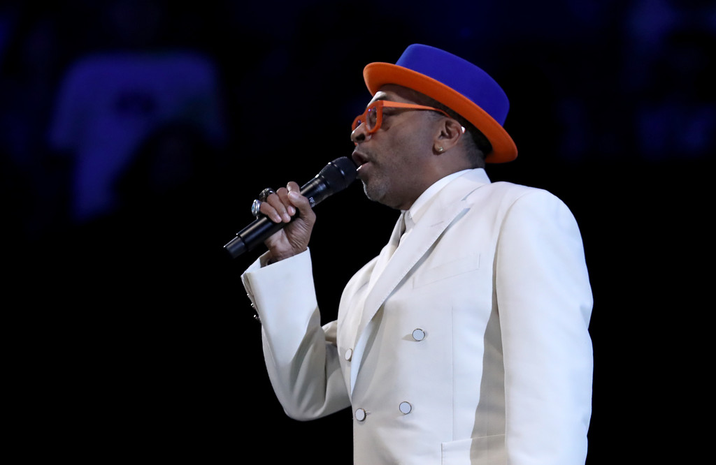 Filmmaker Spike Lee talks to the crowd during halftime of the 2019 NBA All-Star Game