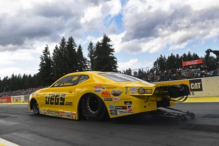 Coughlin Jr. leads Pro Stock on Friday at 2019 Northwest Nationals