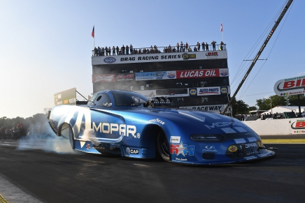 Mopar driver Hagan leads Friday at 2019 Lucas Oil NHRA Nationals