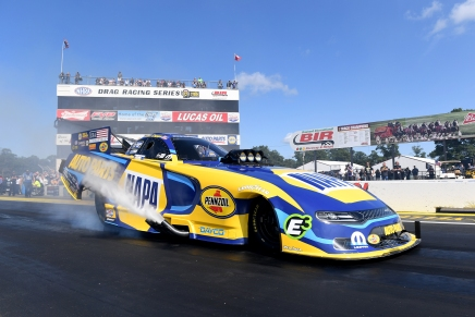 Capps wins 50th DSR win at Lucas Oil Nationals