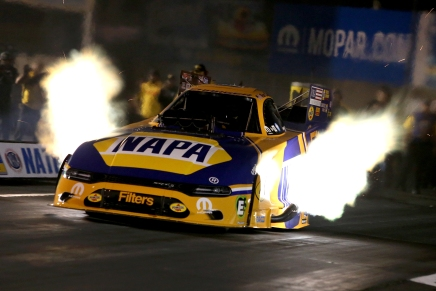 Capps sets both ends of track record at 2019 Mopar NHRA Nationals