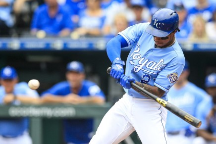 Royals' Mondesí expected to miss at least six months