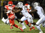 Kansas City Chiefs wide receiver Tyreek Hill is tackled by NaVorro Bowman against the Oakland Raiders