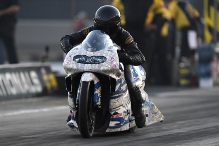 Savoie powers WAR bike to provisional lead at the 2019 NHRA Carolina Nationals