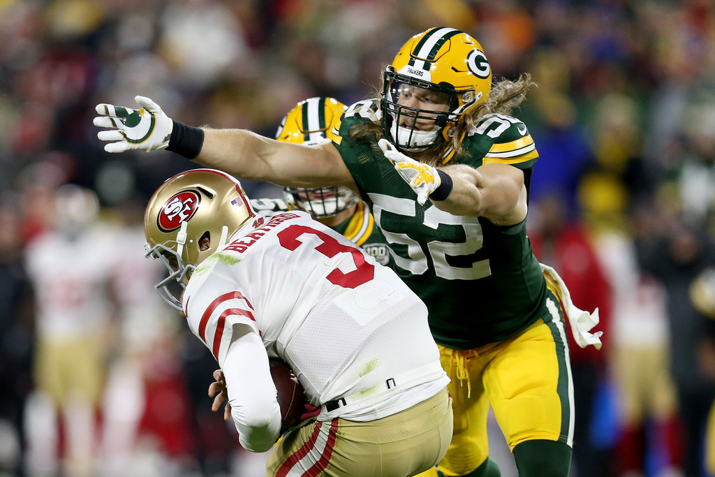 Former Green Bay Packers linebacker Clay Matthews sacks San Francisco 49ers quarterback C.J. Beathard