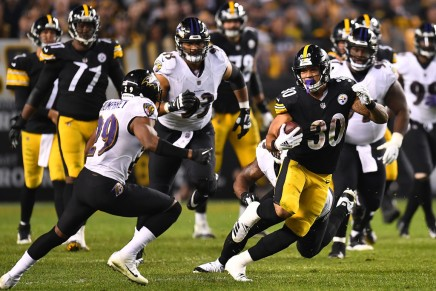 Hodges wins first NFL game, as Steelers defeat Chargers in 2019 contest