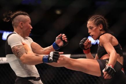 Jędrzejczyk defeated  Waterson at UFC Fight Night161