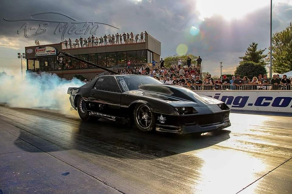 Team NOLA racer Kye Kelley doing a burnout at the 2018 Street Outlaws No Prep Kings