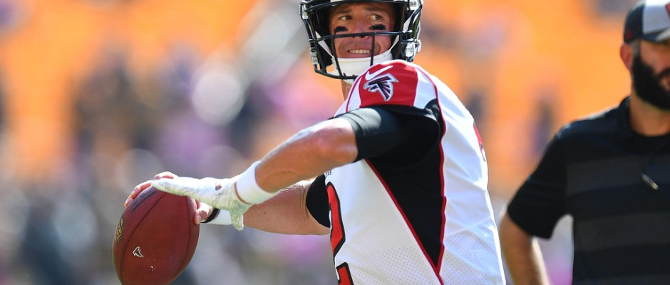 Atlanta Falcons quarterback Matt Ryan warms up before the game against the Pittsburgh Steelers