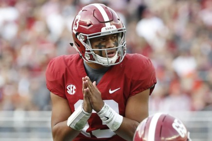Crimson Tide's Heisman candidate Tagovailoa has successful surgery