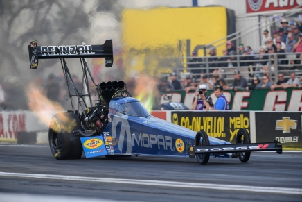 Pritchett takes provisional Top Fuel lead at 2019 Auto Club Finals