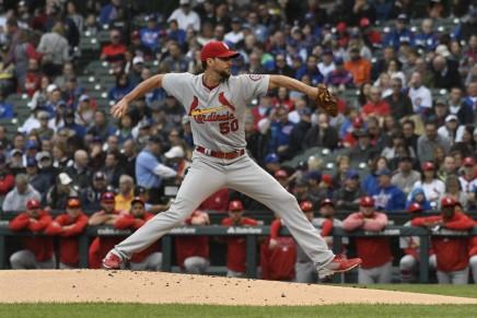 Cardinals re-sign Wainwright for the 2020season