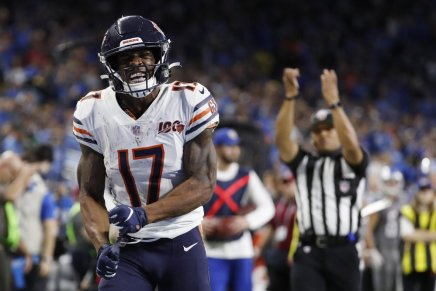 Bears win third straight Thanksgiving Day game, beat Lions 24-20