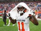 Former Cleveland Browns wide receiver Antonio Callaway walks off the field after a 21-21 tie against the Pittsburgh Steelers