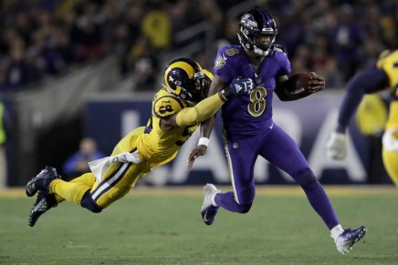 Jackson has 5 TD as Ravens blow out Rams on MNF